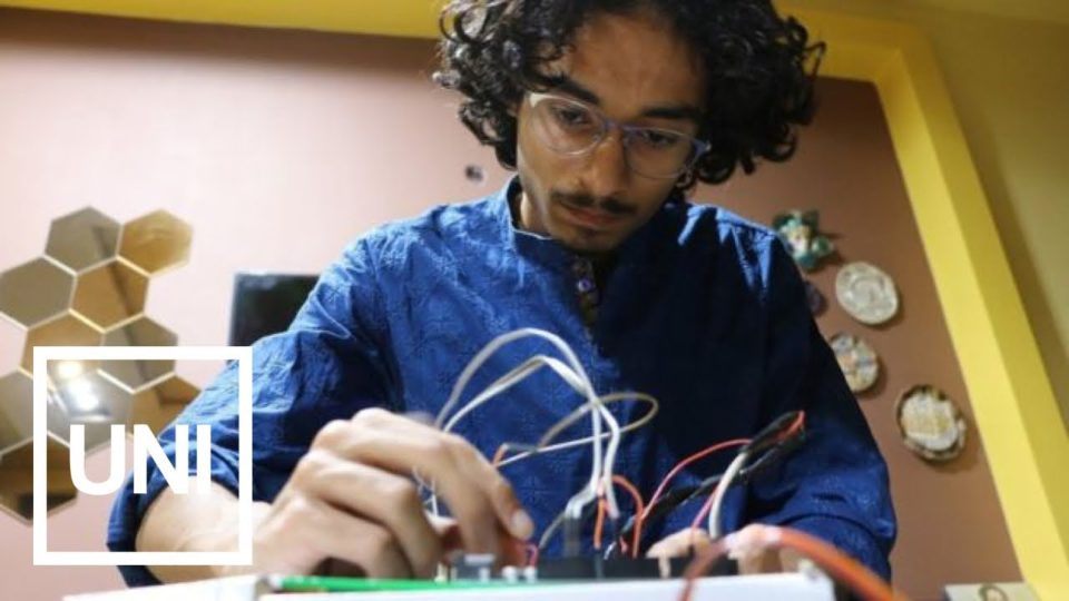 Pakistani Teen Makes Scientific Discovery